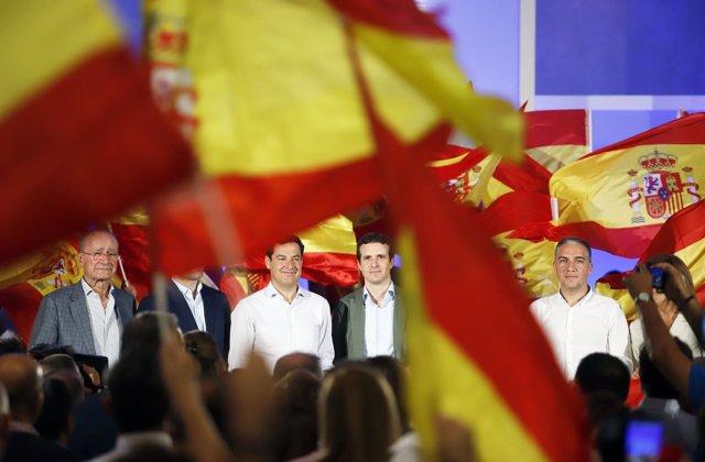 En Málaga, el presidente del PP, Pablo Casado, y el del PP-A, Juanma Moreno