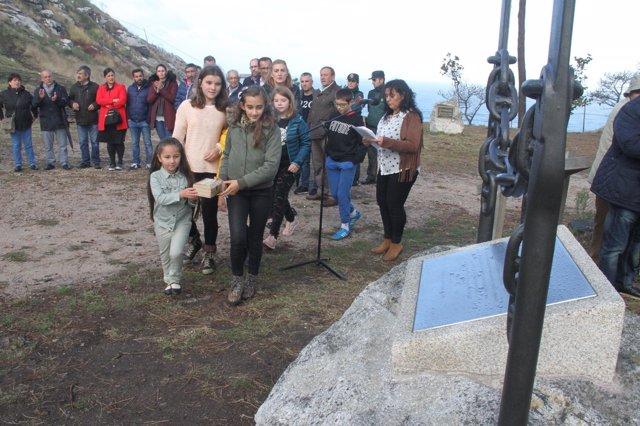 Homenaje a voluntarios y servicios de emergencias en Baiona