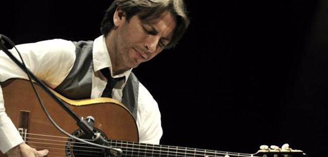 El guitarrista Manuel de la Luz