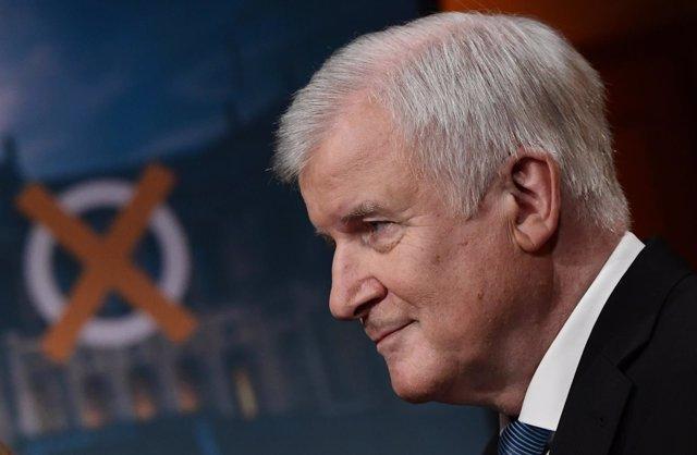 Host Seehofer, ministro del Interior y líder de la CSU