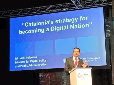 El conseller Jordi Puigneró, durant una conferència a Dubai