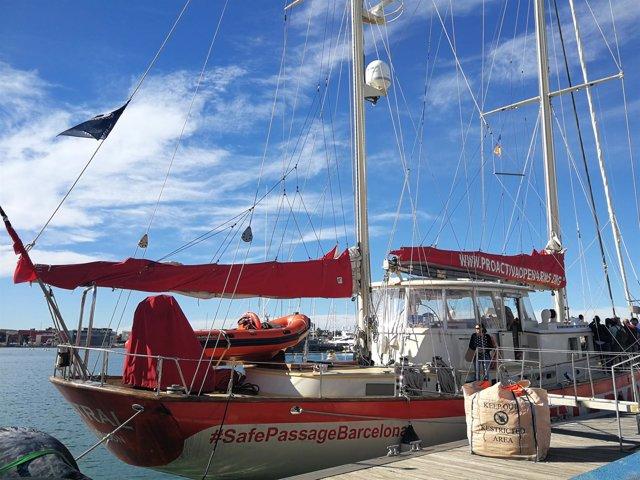 El 'Astral' de Open Arms en La Marina de València
