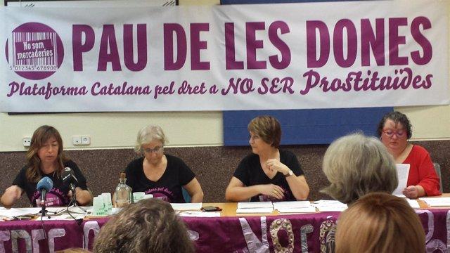 Presentación del manifiesto 'Pau de les dones'