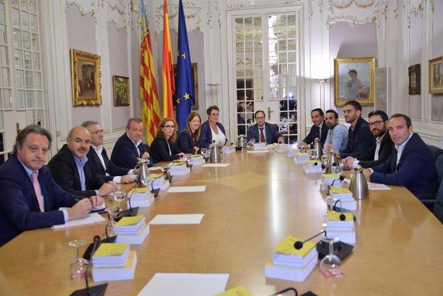 Comisión mixta Corts-Consell sobre financiación