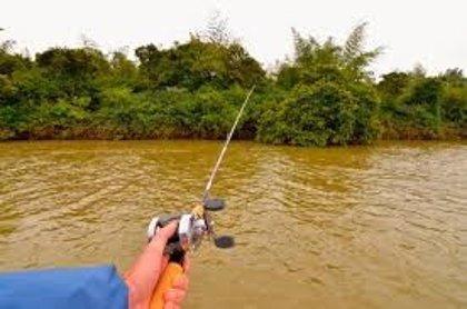 Suspenden un concurso de pesca por estar a punto de provocar un conflicto entre Argentina y Paraguay