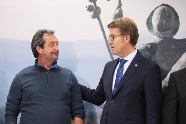 Manuel Pozo, peregrino 300.000, saluda a Feijóo