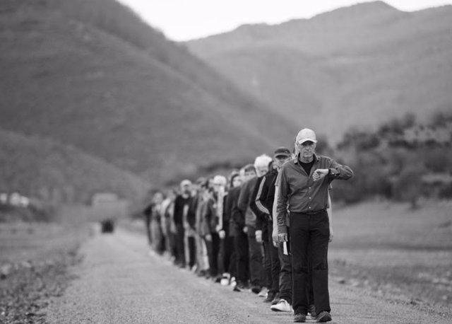 Jean Marc Manson. Caminada Hamish Fulton en Riaño – Fundación Cerezales.