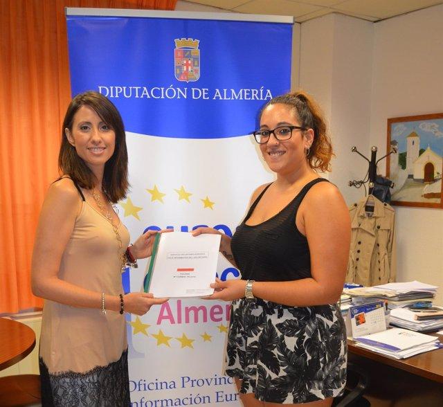 Mari Carmen Pelayo Carreño ha recibido la documentación del SVE este lunes.
