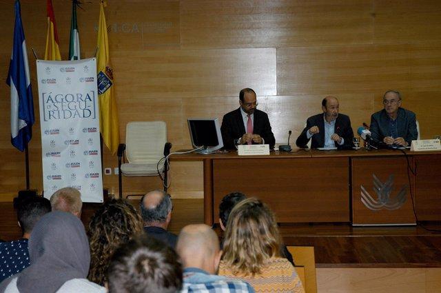 Rubalcaba en una conferencia en la Universidad de Cádiz