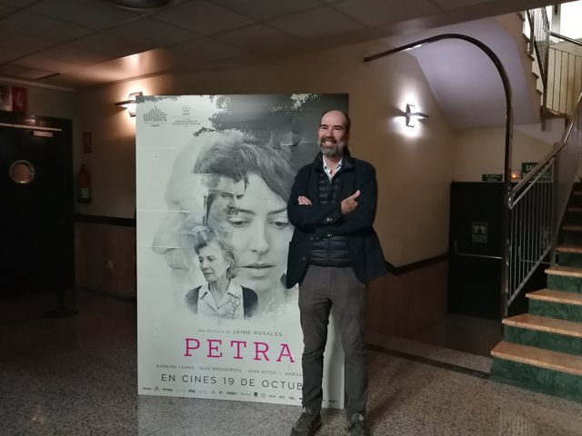 Jaime Rosales presenta 'Petra' en los Cines Lys de València