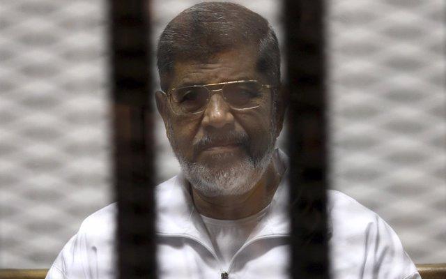 Un tribunal de Egipto ratifica la condena contra Mursi por 'insultos' al Poder Judicial