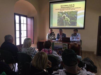 El taller 'El sabor de las dehesas' reúne en Aracena a mayores involucrados en conservar espacios protegidos