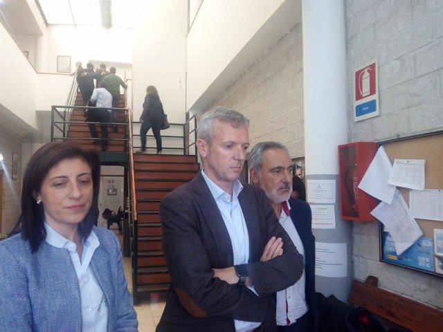 Rueda y Ángeles Vázquez se reúnen con afectados de Paramos