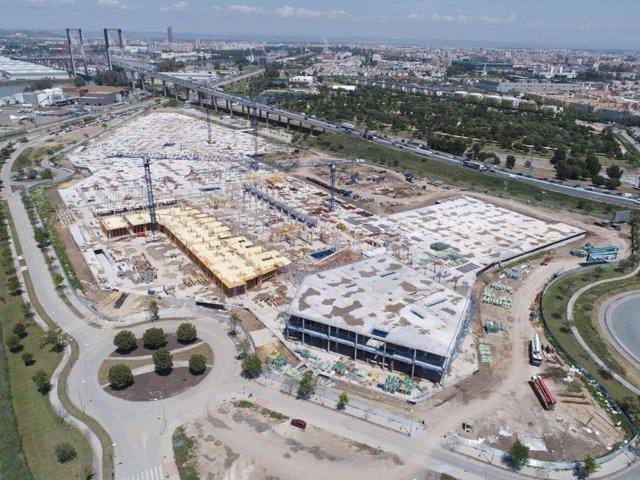 Obras del centro comercial de Lar España 'Palmas Altas'