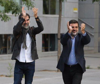 ANC y Òmnium se concentran este martes por el primer año de cárcel de Sànchez y Cuixart