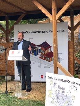 El vicepresidente de la Comunidad de Madrid, Pedro Rollán, en la Cañada Real