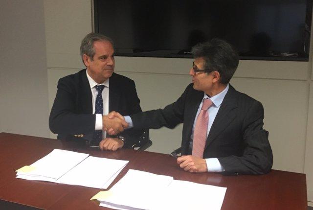 Firma acuerdo marco para la implantación y operación de Nodofarma Verificación
