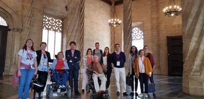 Blogueros internacionales con discapacidad física visitan la Comunidad Valenciana