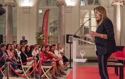 """Susana Díaz defiende """"la visibilidad y el reconocimiento público"""" de las mujeres rurales"""