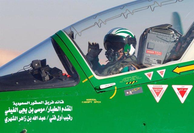 Un piloto de la aviación saudí