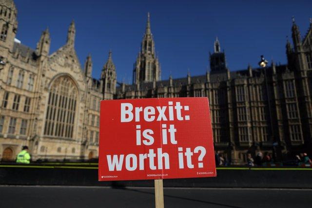 Manifestación contra el Brexit frente al Parlamento británico