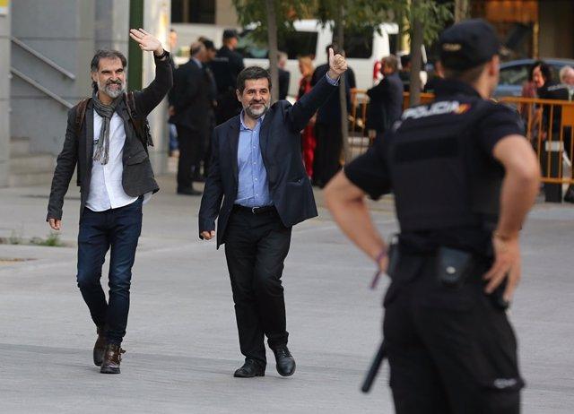 Jordi Sánchez y Jordi Cuixart acuden a declarar a la Audiencia Nacional