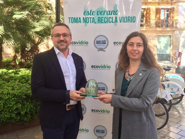 Truyol recibe el premio Iglú Verde por el reciclaje de Palma