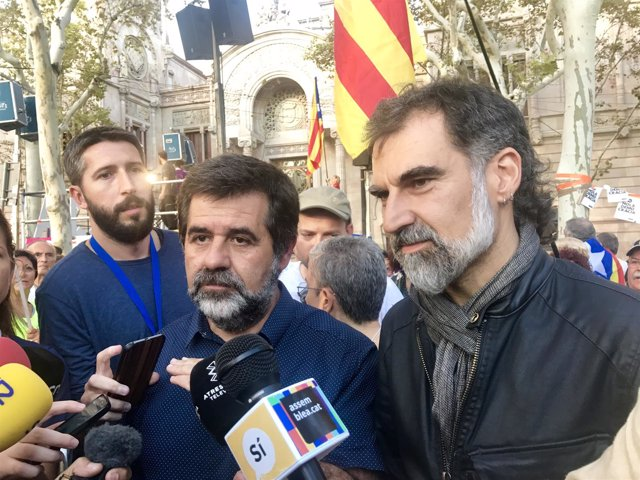 Jordi Sànchez (ANC) y Jordi Cuixart (Òmnium) (Archivo)