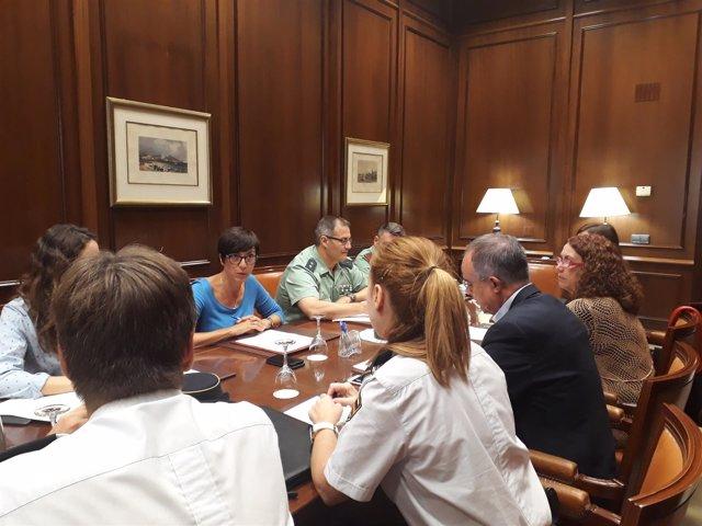 La subdelegada asiste a reunion sobre Plan Director en colegios