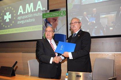 La Organización Médica Colegial firma un acuerdo con AMA para proteger a los profesionales de las agresiones