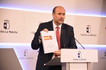 Sánchez traslada a Page su voluntad de recuperar el Fondo de Cohesión Sanitaria