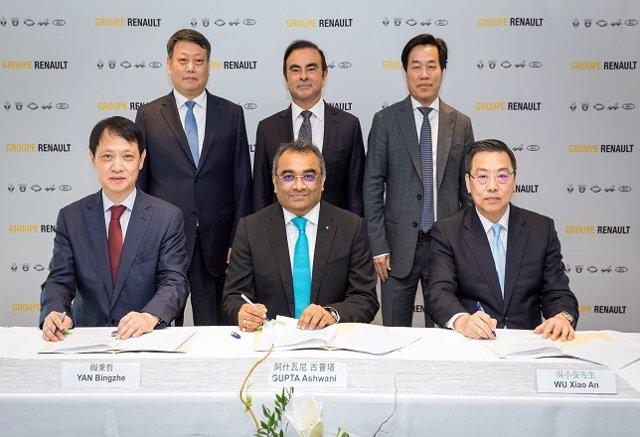 Firma de un acuerdo de cooperación estratégica entre Renault y Brilliance