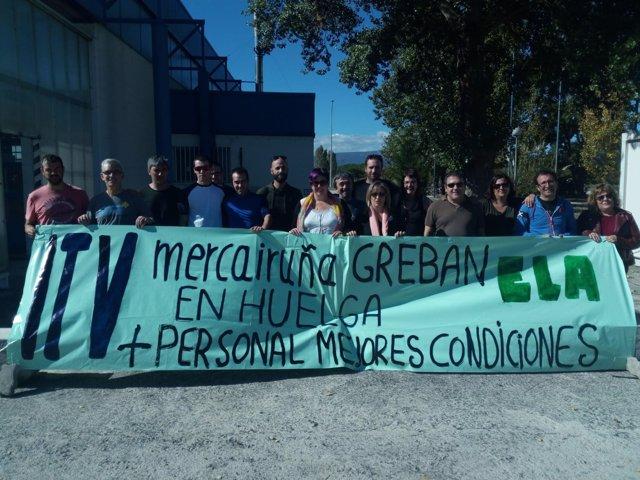 Trabajadores de ITV en huelga en Navarra.