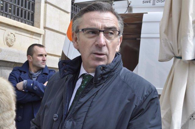 El presidente del PP-Aragón, Luis María Beamonte, hoy en Teruel