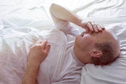 El aumento del estrógeno relacionado con la edad puede causar hernia en los hombres, según estudio