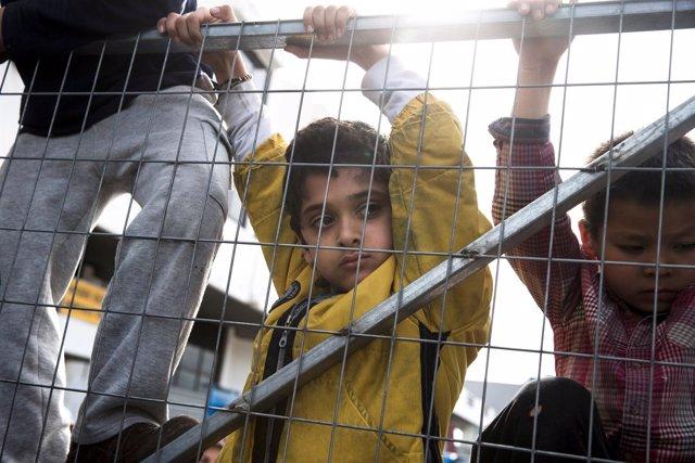Niños refugiados en Grecia