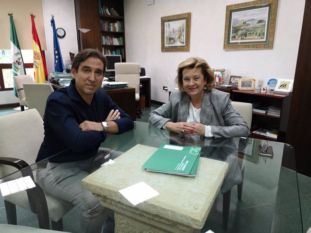 Martínez Nogueras y Teresa Vega.