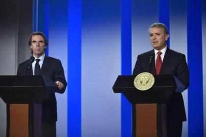 """El expresidente español Aznar reclama a Sánchez que respalde la denuncia contra el """"dictador"""" Maduro en el TPI"""