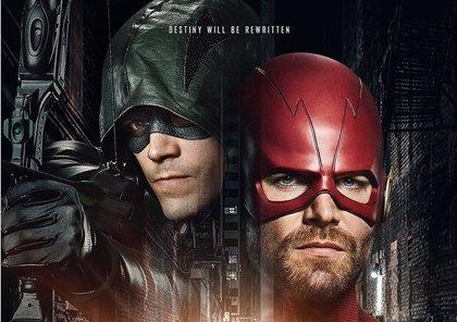 The Flash y Arrow reescriben sus destinos en el enigmático cartel de Elseworld, el crossover del Arrowverso