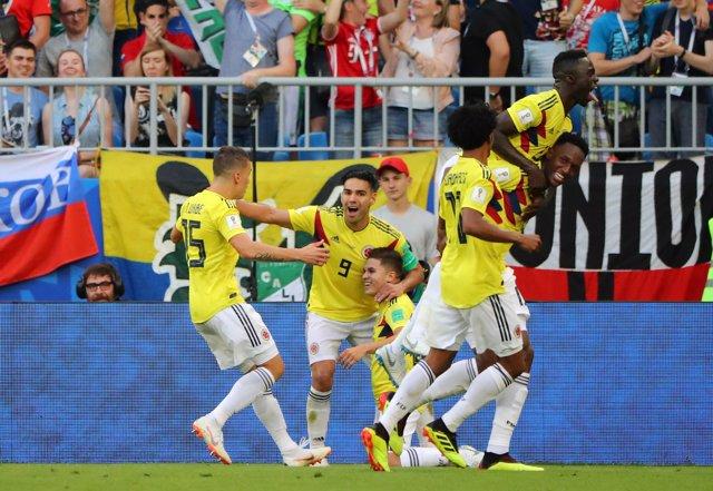 Colombia celebra el gol de Yerry Mina
