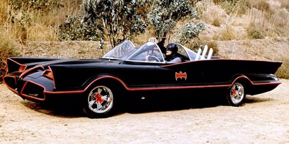 ¿Qué pinta ese Batmóvil en el rodaje de Joker?