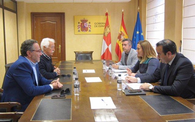 Reunión de Turismoto con la delegada del Gobierno en CyL