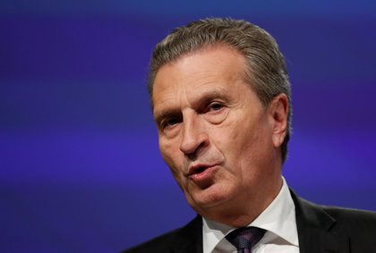 """Bruselas ve """"muy probable"""" que Italia tenga que """"corregir"""" su presupuesto de 2019"""