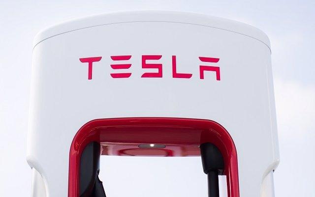 El vicepresidente de producción de Tesla abandona la compañía