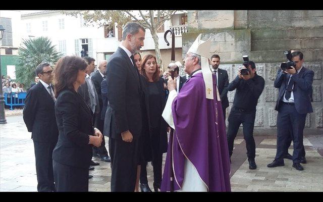 Más de 1.000 personas acuden al funeral por las víctimas de las inundaciones del Llevant de Mallorca