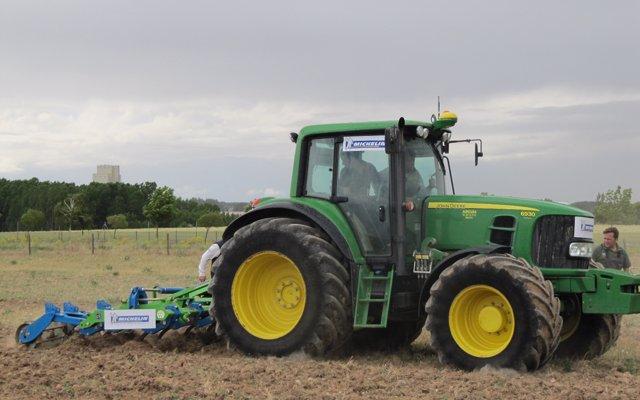 Faconauto crea una división de maquinaria agrícola