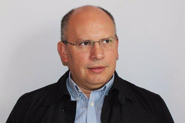 Nervis Villalobos, viceministro del Gobierno de Chávez