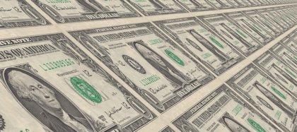 ¿Se puede dejar de utilizar el dólar como divisa de referencia como ha ordenado Nicolás Maduro en Venezuela?
