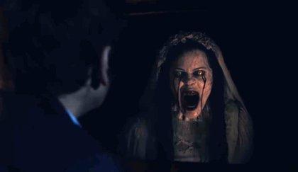 """La leyenda cobra vida en el aterrador tráiler de La Llorona: """"Ella quiere a tus hijos"""""""