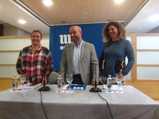 El portavoz de En Marea, Luís Villares, presenta el plenario del 27 de octubre